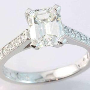 emerald cut engagement ring, diamond engagement ring, white gold diamond enagement ring