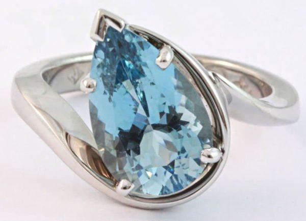 pear shaped aquamarine ring, aquamarine ring, hand made aquamarine ring, pear shaped aquamarine, custom made aquamarine ring