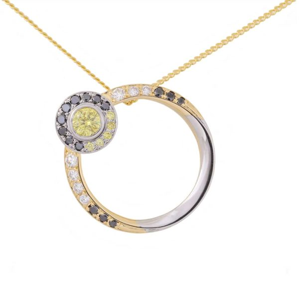 white gold, yellow gold, diamond pendant, black diamond, white diamond, yellow diamond, circular pendant, eclipse pendant,