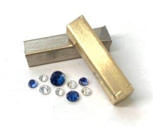 Abrecht Bird Jewellers, hand made jewellery, jewellery designers, Melbourne jewellers, sapphire, sapphire ring, sapphire and diamond ring, remodelling your jewellery, remodelling jewellery, yellow and white gold ring, creative jewellery, design your own jewellery, jewellery remodellers