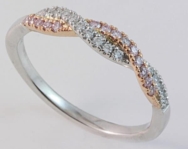 Abrecht Bird, pink argyle ring, argyle diamond ring, diamond, ring, white gold ring, two tone ring, pink and white diamonds, diamond twist ring, twist ring