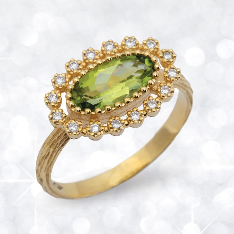 peridot, gold, diamond, diamond ring, oval peridot ring, peridot ring, Abrecht Bird Jewellers